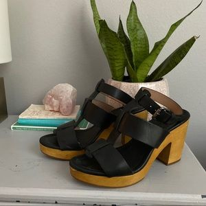 GUC Madewell Black t strap wooden heels